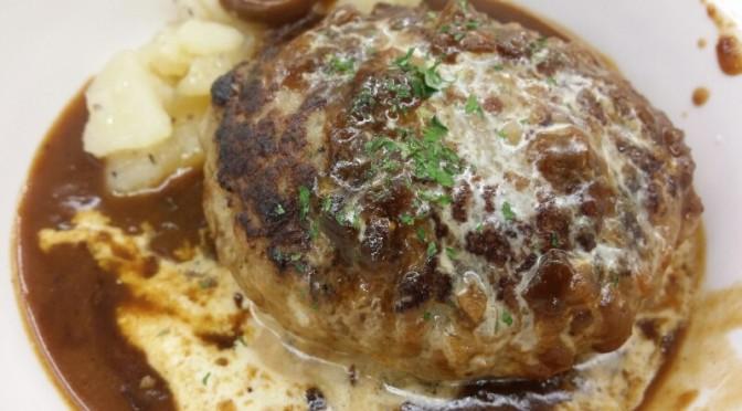 松屋 ブラウンチーズソースハンバーグ定食を食べてみました。