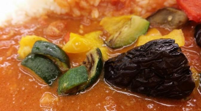 松屋 夏野菜トマトカレーを食べてみました。