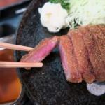 秋葉原 牛かつ 壱弐参 で 牛ロースかつ麦めしとろろセット 食べてみました。