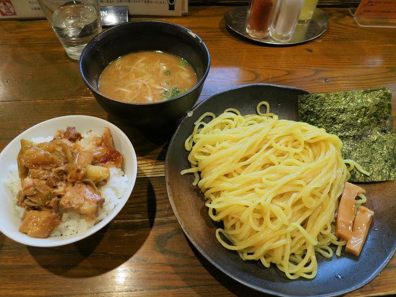 原宿で中華蕎麦 つけ麺 一 hajime ランチつけ麺(中盛り)を食べてみました。