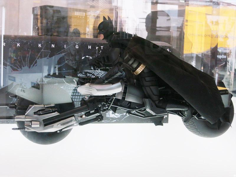 ホットトイズ バットマン バットポッド ライドオン