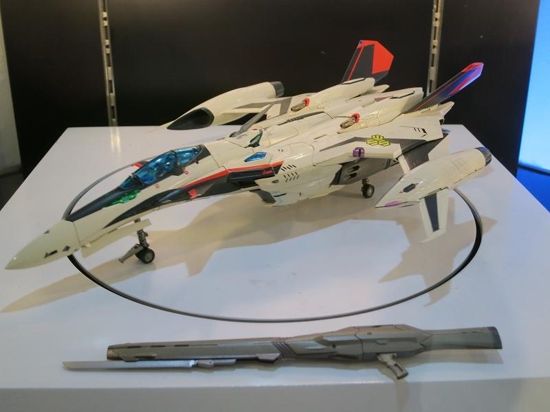超合金 YF-29 デュランダルバルキリー イサム機